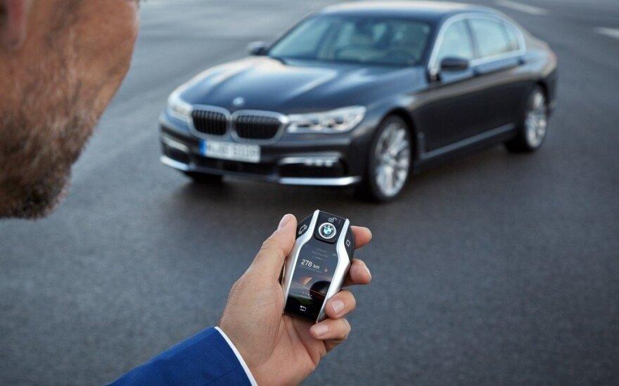 BMW 7 flagmanas