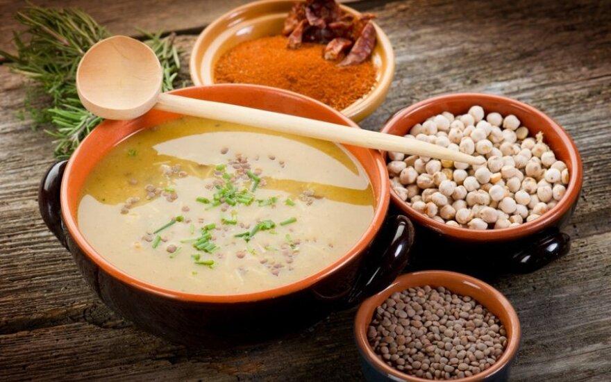 Lęšių ir avinžirnių sriuba su daržovėmis