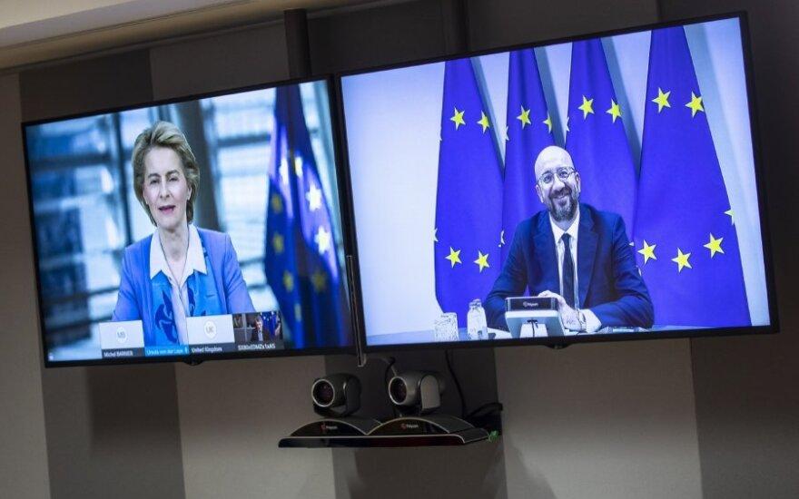 """JK ir ES vadovai siekė išjudinti bevaises """"Brexit"""" derybas"""