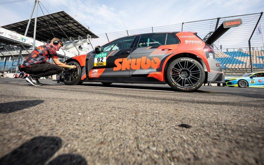 Džiugas Tovilavičius debiutavo Vokietijos TCR automobilių čempionate