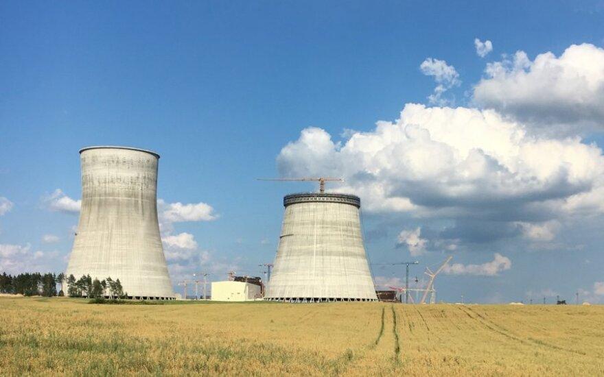 Astravo AE statytoja teigia, kad žuvęs statybininkas galėjo neatsargiai elgtis su dujų balionu