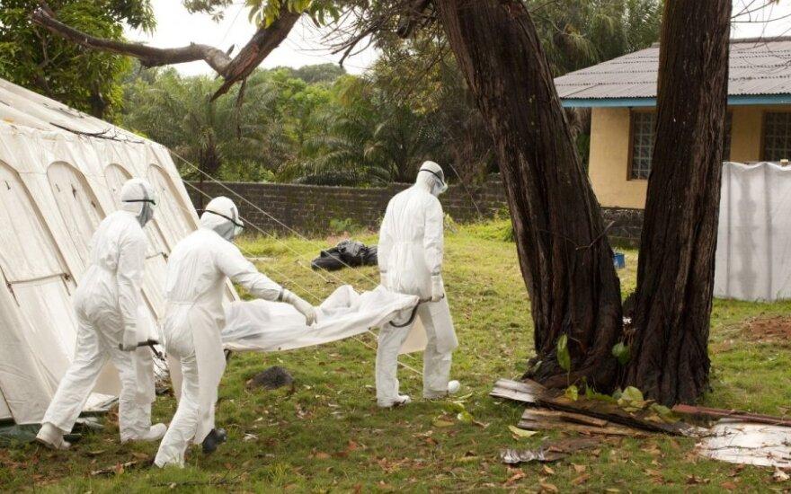 Iš Liberijos į JAV išskrido lėktuvas su Ebola virusu užkrėstu amerikiečiu