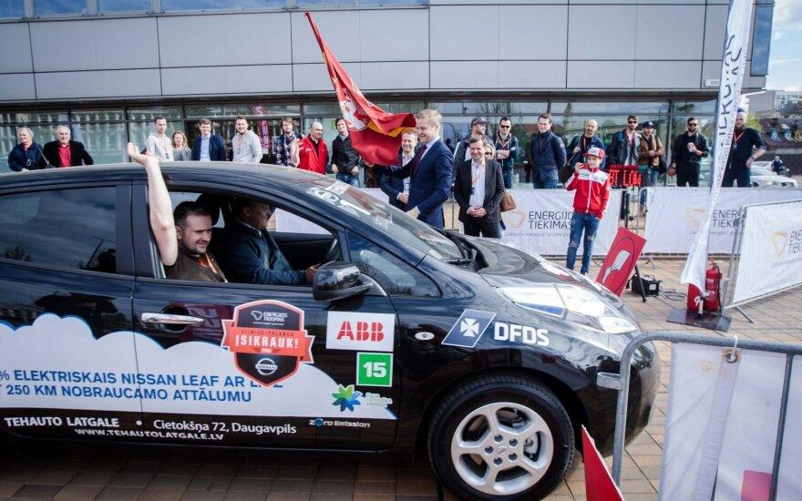Vilniuje startavo antrasis elektromobilių maratonas