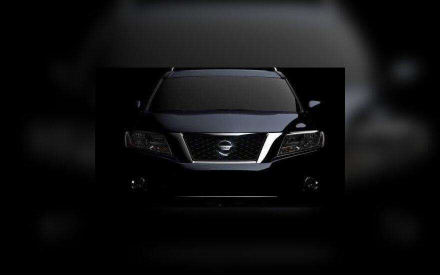 Nissan Pathfinder užuomina