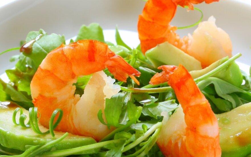 Salotos su avokadais ir krevetėmis