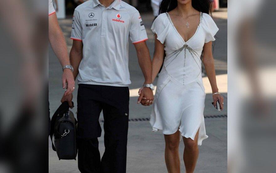 Lewisas Hamiltonas su drauge Nicole Scherzinger