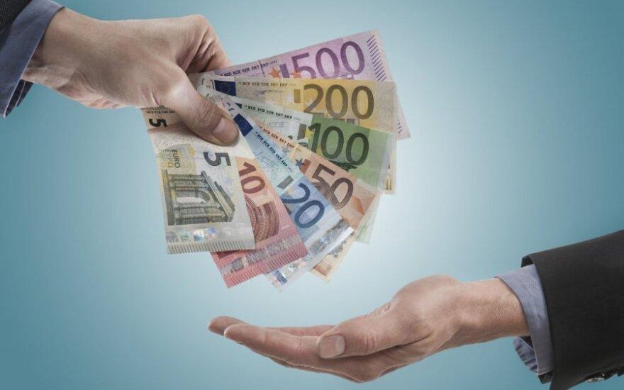 Reforma: norėdami ištaisyti neteisybę, mažina mokestį turtuoliams