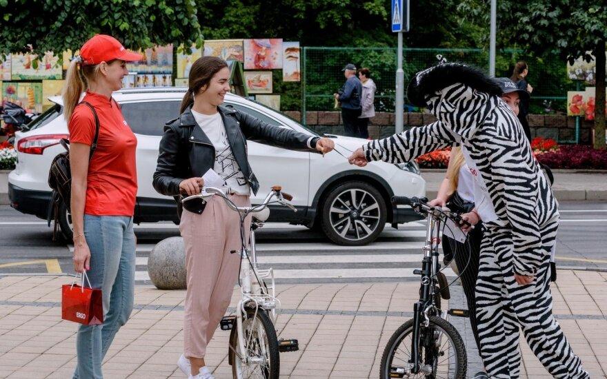 Draugiški reidai pajūryje: dviratininkams priminta apie saugumą