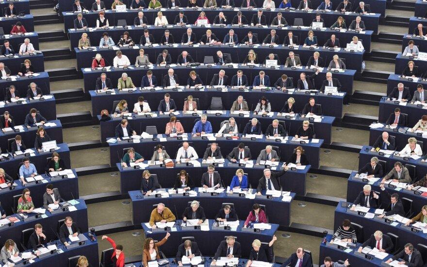 Europos Parlamentas patvirtino prieštaringai vertinamą autorių teisių direktyvą: prasidės interneto cenzūra?