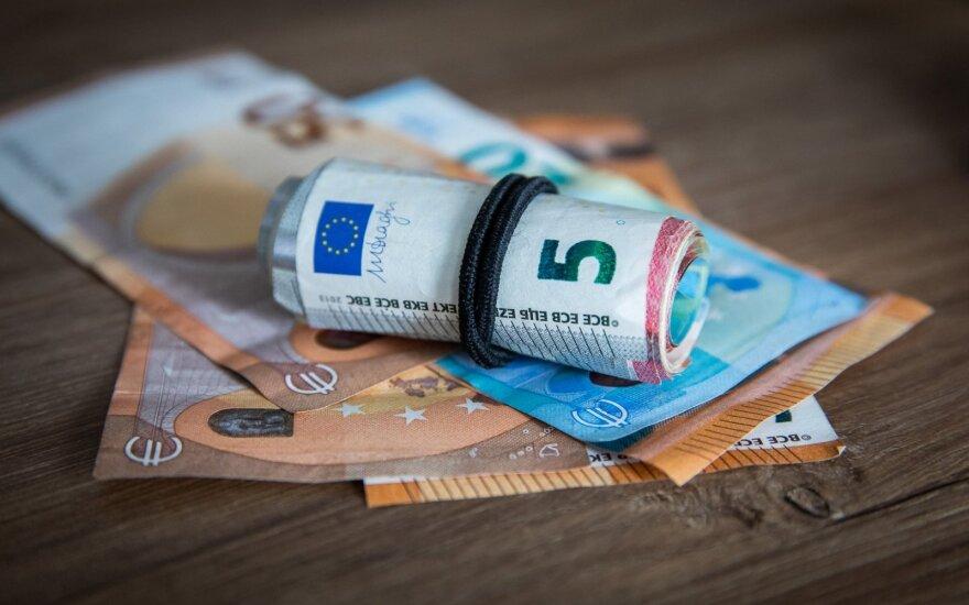 Atlyginimai Estijoje pirmąjį metų ketvirtį buvo 4,8 proc. didesni nei prieš metus
