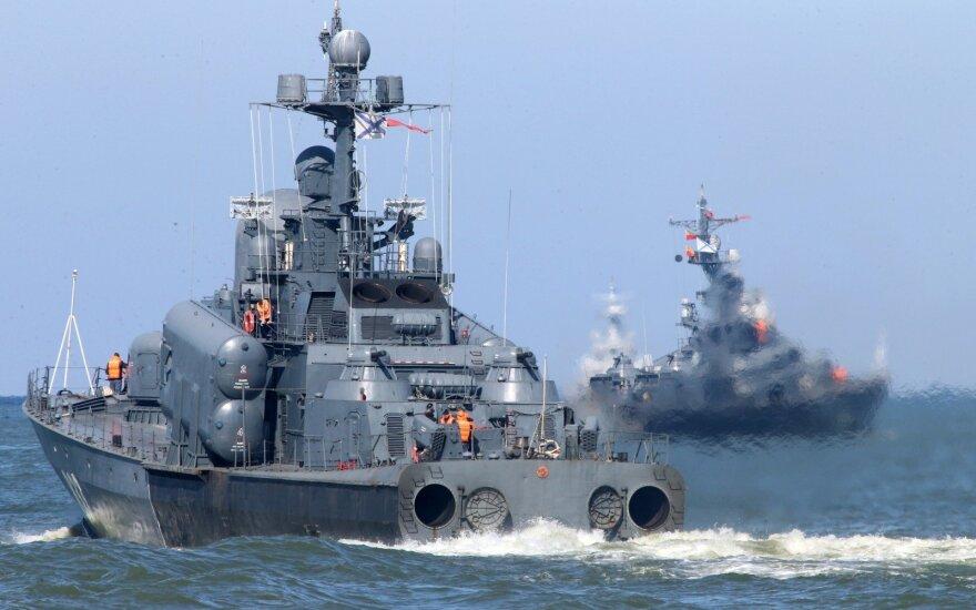 Po neeilinių kaltinimų Rusija telkia dideles pajėgas Viduržemio jūroje
