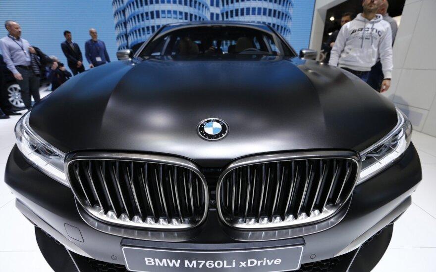 "BMW neketina nusileisti ""Mercedes-Benz"" ir ""Audi"""