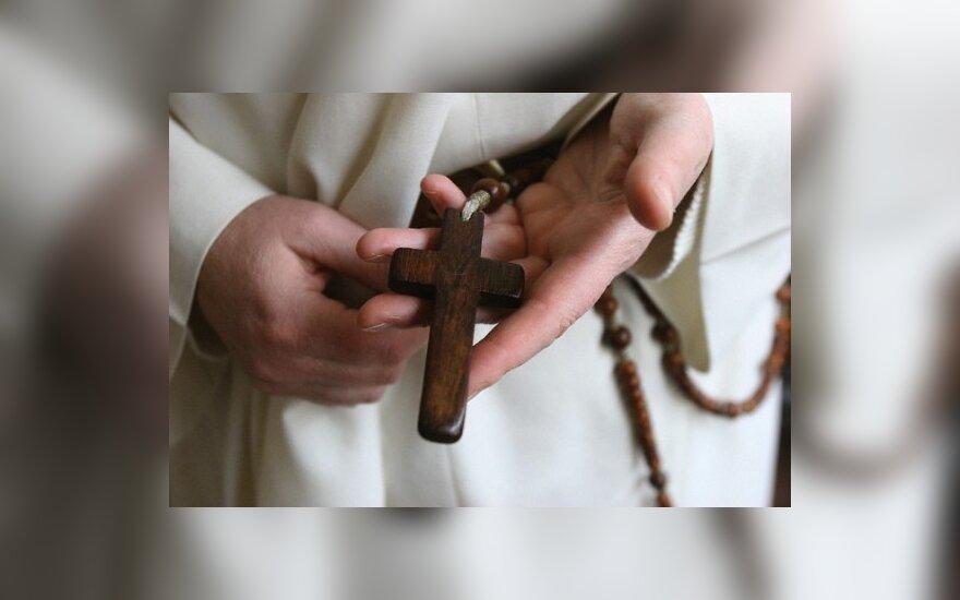Kalėdų dovana jūžintiškiams – išgražėjusi bažnyčia