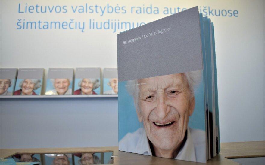 Valstybės šimtmečiui – Lietuva kvepianti šimtamečių fotoportretų paroda