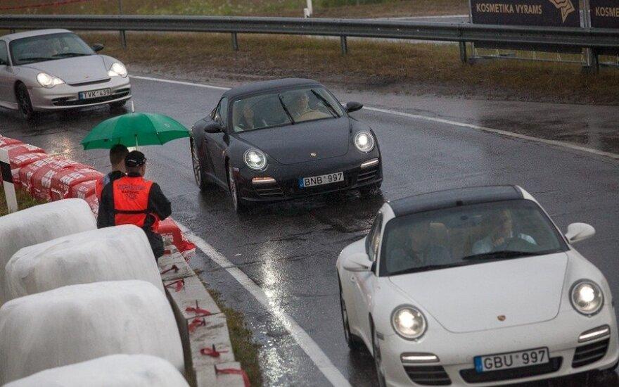 Porsche automobilių važiavimai 1000 km lenktynių trasoje