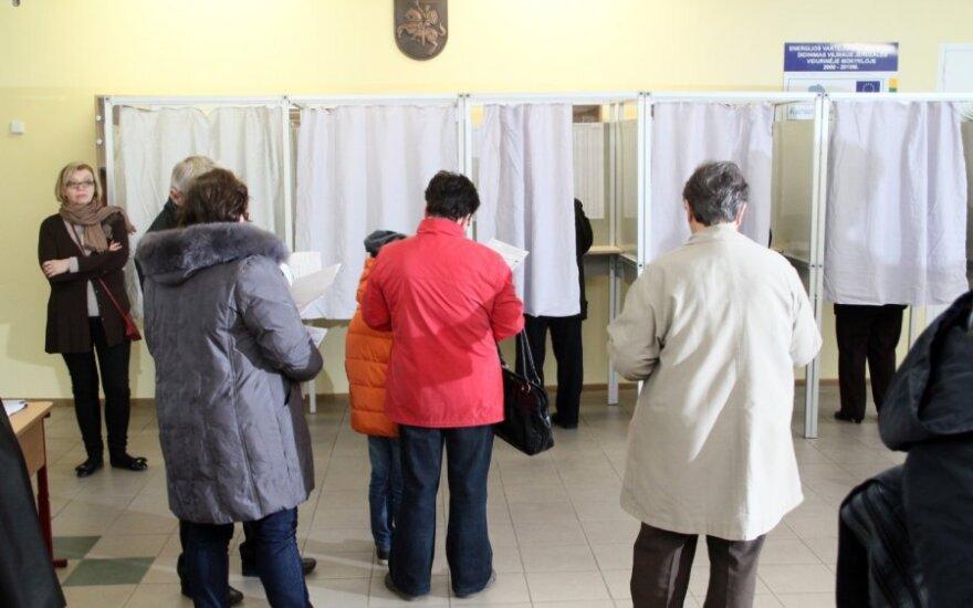 VRK patvirtino Seimo rinkimų trijose apygardose rezultatus