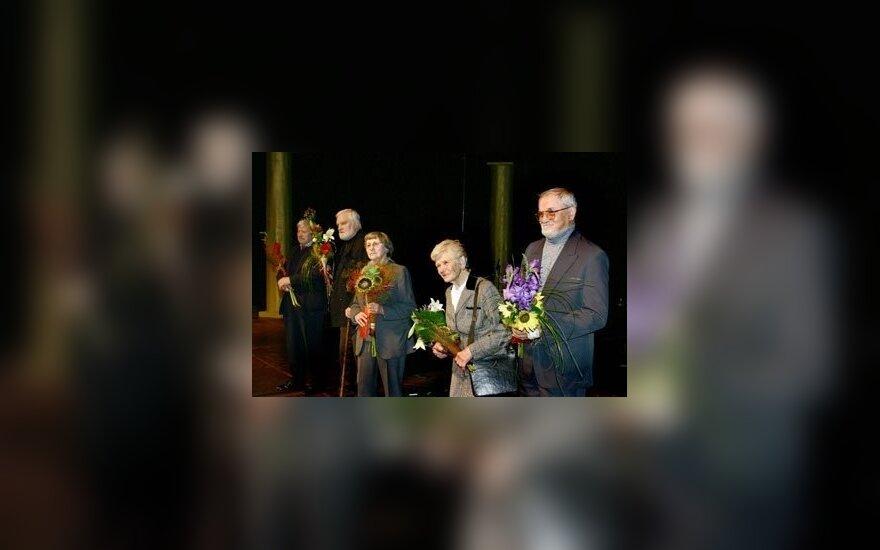 Miltinio dramos teatro senbuviai: D.Banionis, A.Masiulis, R.Zdanavičiūtė, E.Šulgaitė, S.Petronaitis