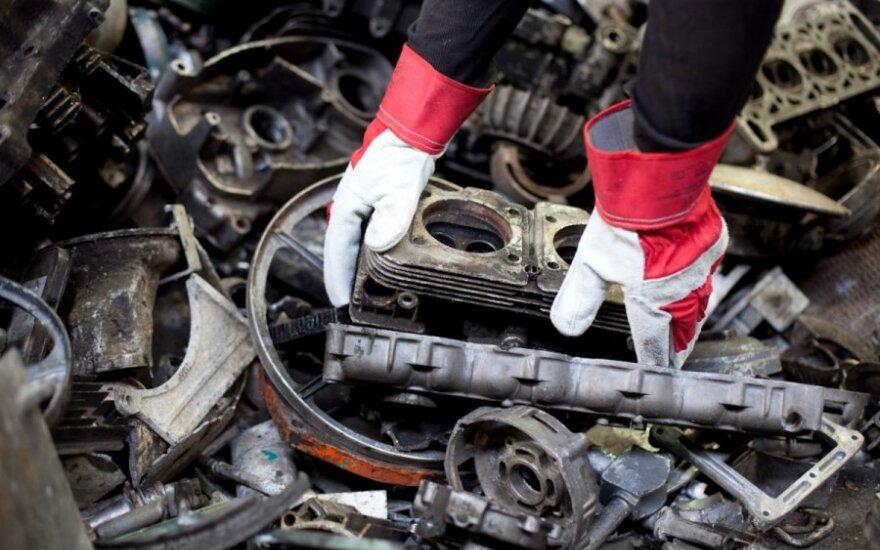 Valstybės kontrolė: pavojingųjų atliekų tvarkymo sistemoje – spragos piktnaudžiavimui