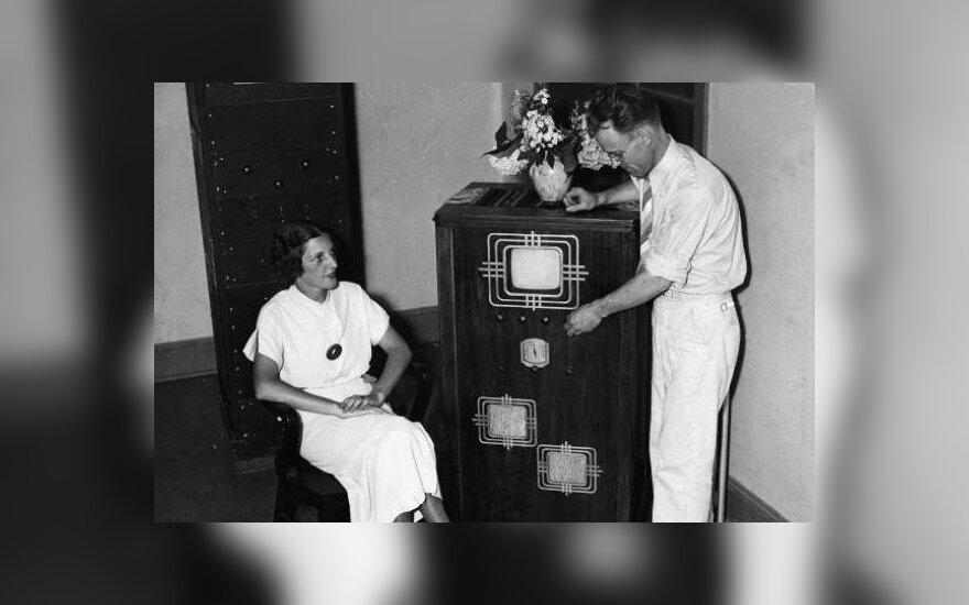 Vienas iš pirmųjų televizorių