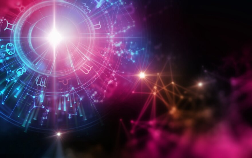 Astrologės Lolitos prognozė liepos 6 d.: tolesnių planų apmąstymas
