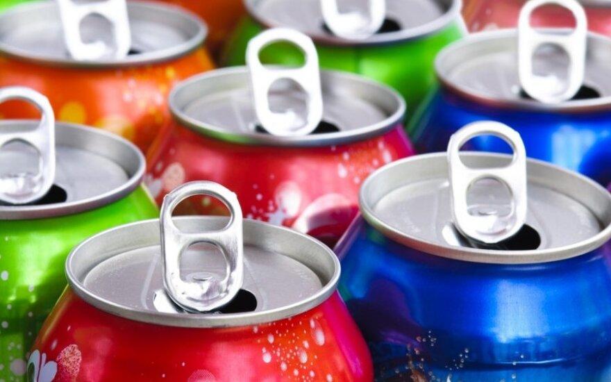 Kokie gėrimai geriausiai malšina troškulį?