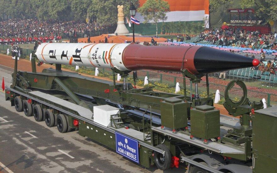 Branduolinį ginklą galinčios nešti Indijos raketos