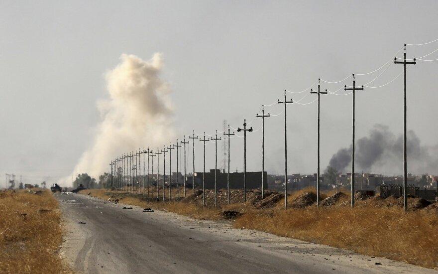 Irake per šiitų kovotojų laidotuves sprogus kelioms bomboms žuvo 16 žmonių
