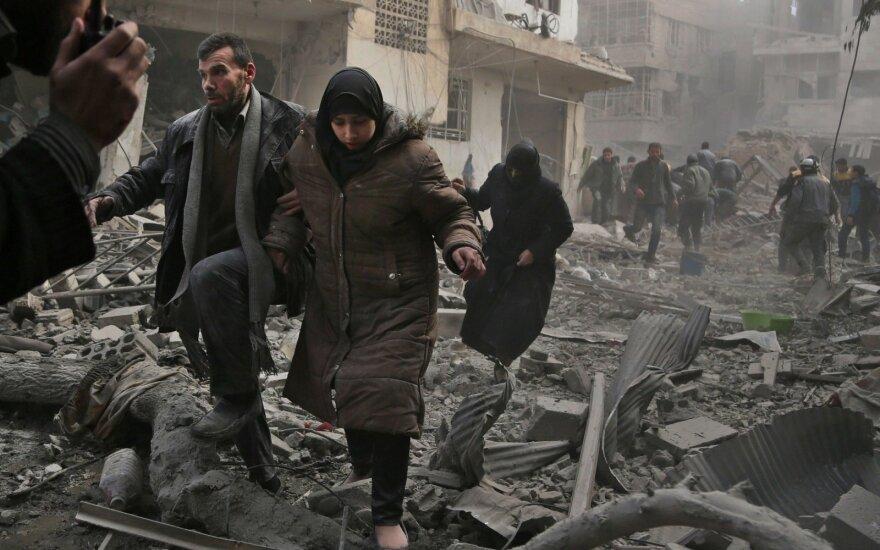 JAV generolas kaltina Rusiją Sirijoje žaidžiant purvinus žaidimus