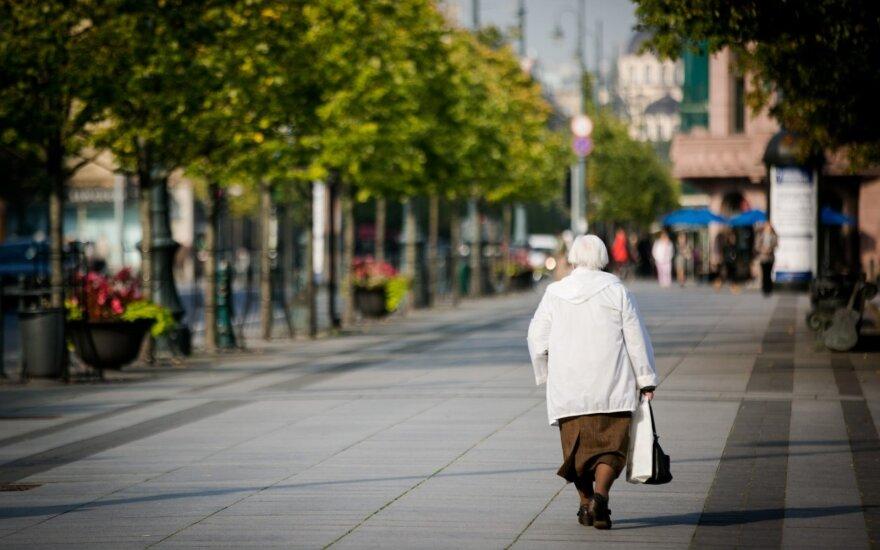 Kukuraitis: skurdžiausiai gyvenantys pensininkai gali tikėtis didesnių pajamų