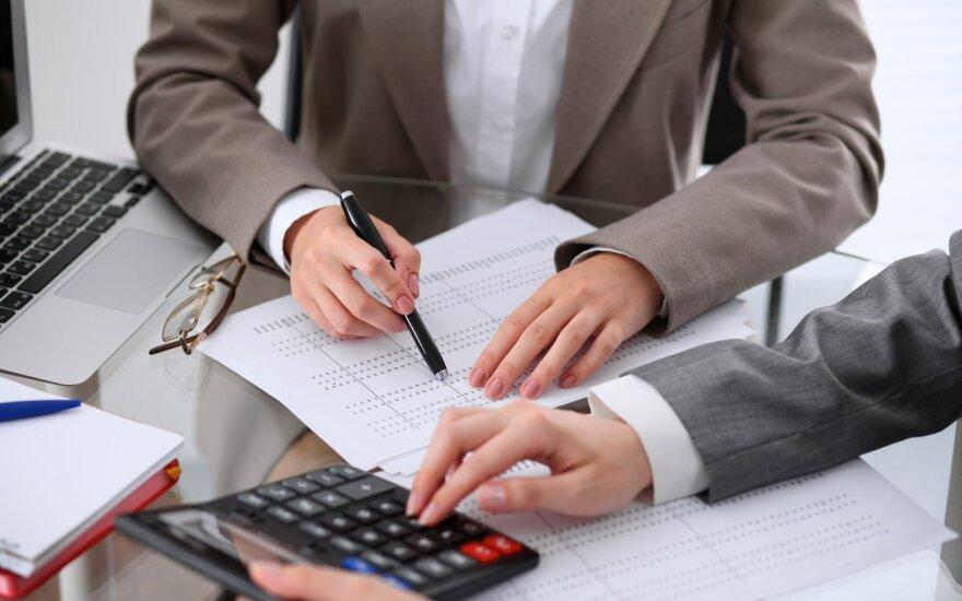 Šimtą biudžetinių įstaigų buhalterių pakeis vienas