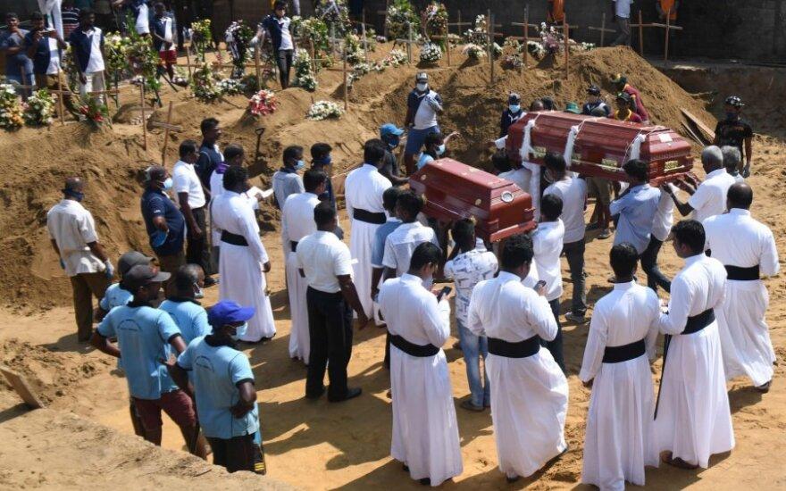 Šri Lanka: teroristai planavo atakuoti jų aukų laidotuvių dalyvius