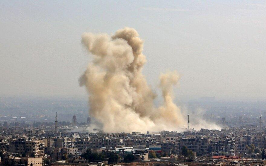 Per Turkijos antskrydžius Sirijoje žuvo 36 vyriausybę remiantys kovotojai
