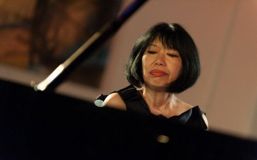 """Koks buvo muziką """"sumeldusios"""" pianistės pasirodymas"""