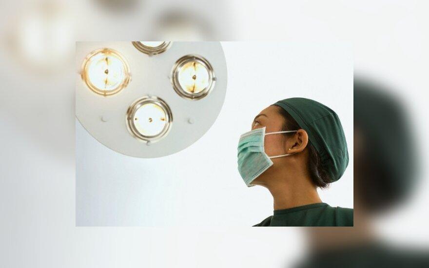 Uzbekistane moterys slapta sterilizuojamos be jų sutikimo