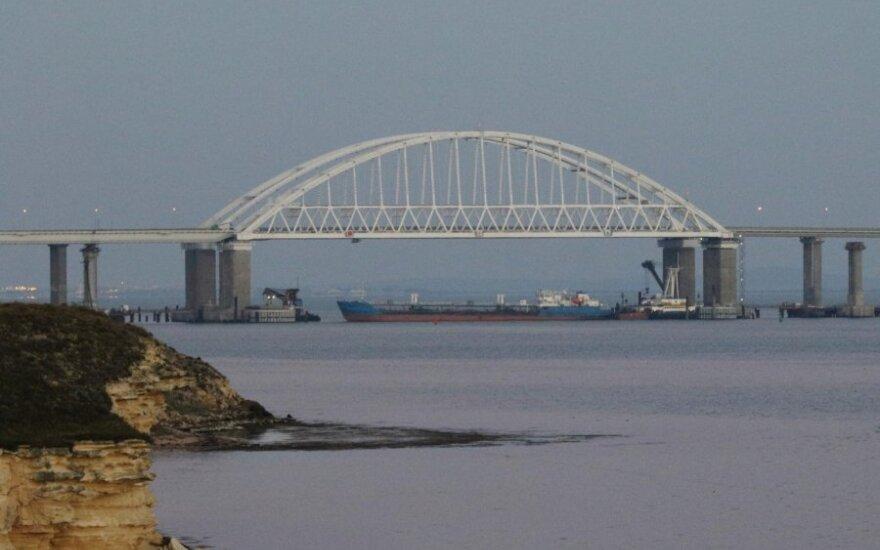 Azovo jūroje atnaujinta krovininė laivyba