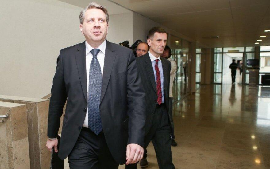 Seimas atleido D. Valį iš generalinio prokuroro pareigų