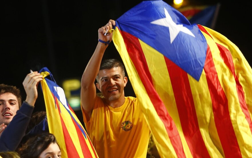 Nepriklausomybės šalininkų daugumą turintis Katalonijos parlamentas pradeda darbą