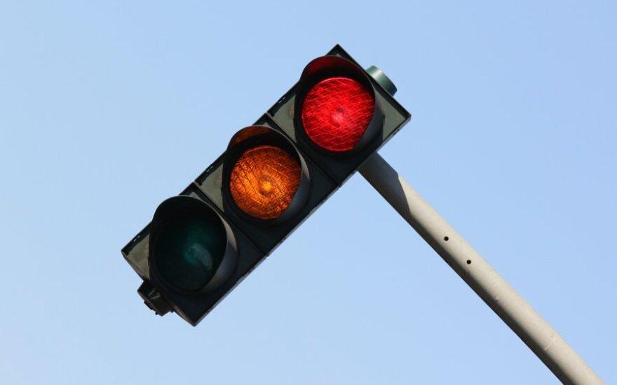 Šviesoforo metodas: kodėl kiekvienas vairuotojas privalo apie jį žinoti?