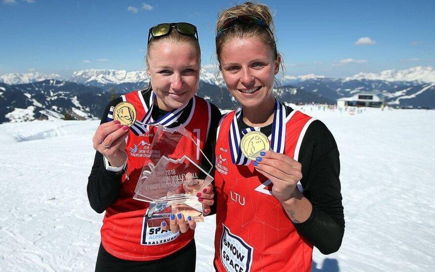 Ieva Dumbauskaitė ir Monika Povilaitytė Europos sniego čempionate