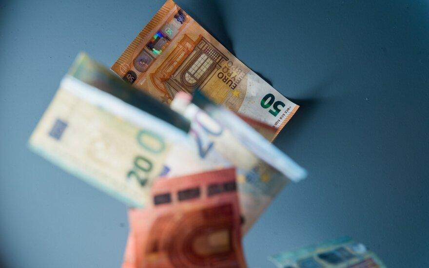 Lietuvos bankas: didėjo einamosios sąskaitos perviršis