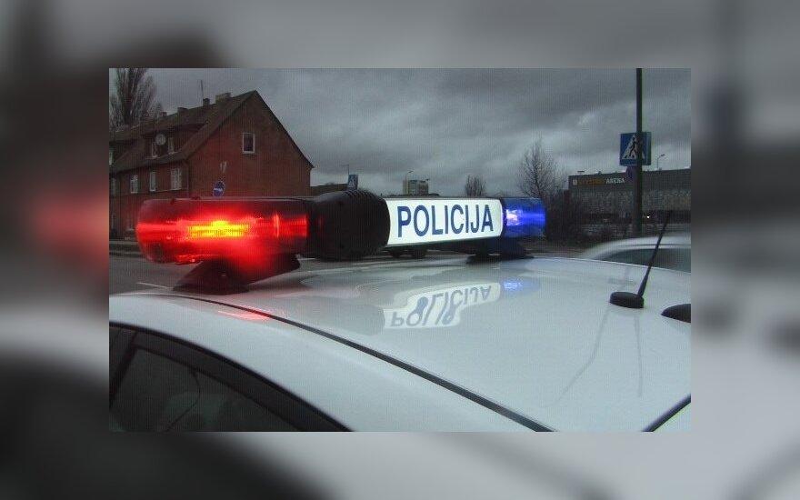 Du Kelių policijos pareigūnai sulaikyti įtariant kyšininkavimu