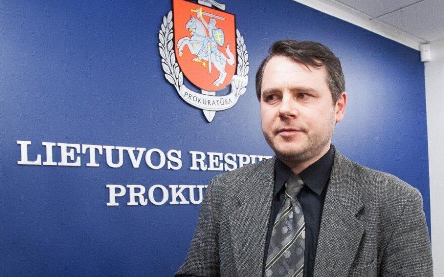 Prokuroras: tiriamos Ūkio banko paskolos, artimųjų įdarbinimas už dideles algas