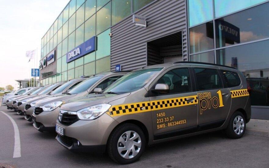 Dacia Lodgy taksi automobiliai