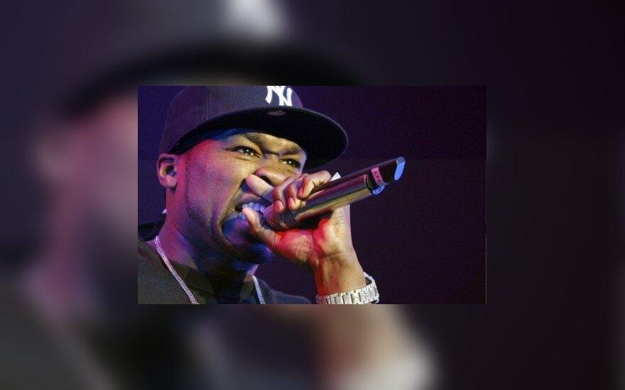 """Reperis """"50 Cent"""" išleis paaugliams skirtą knygą prieš patyčias"""