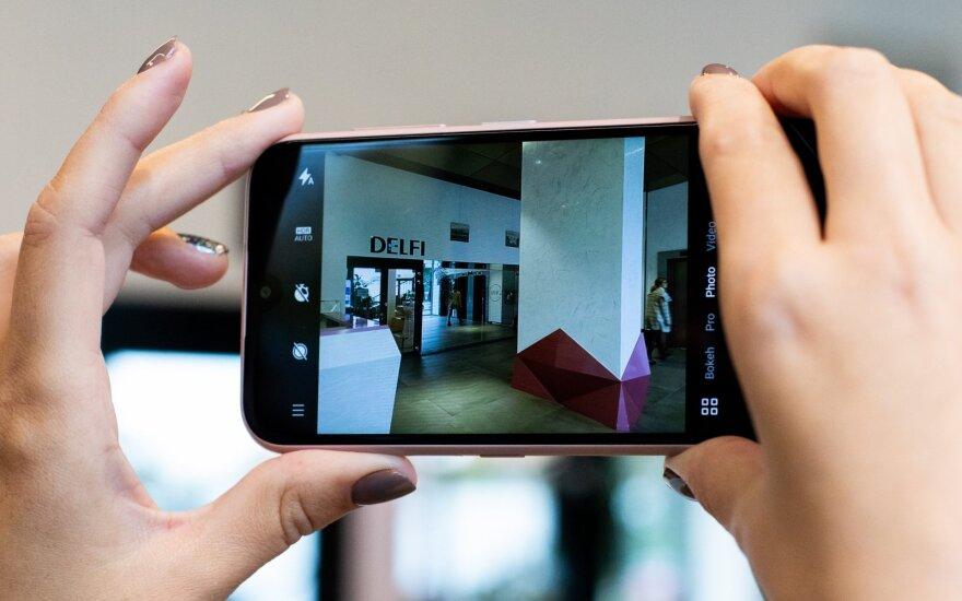 """""""Nokia 4.2"""" apžvalga: ką gaunate, kai už išmanųjį sumokate tik 142 eurus"""