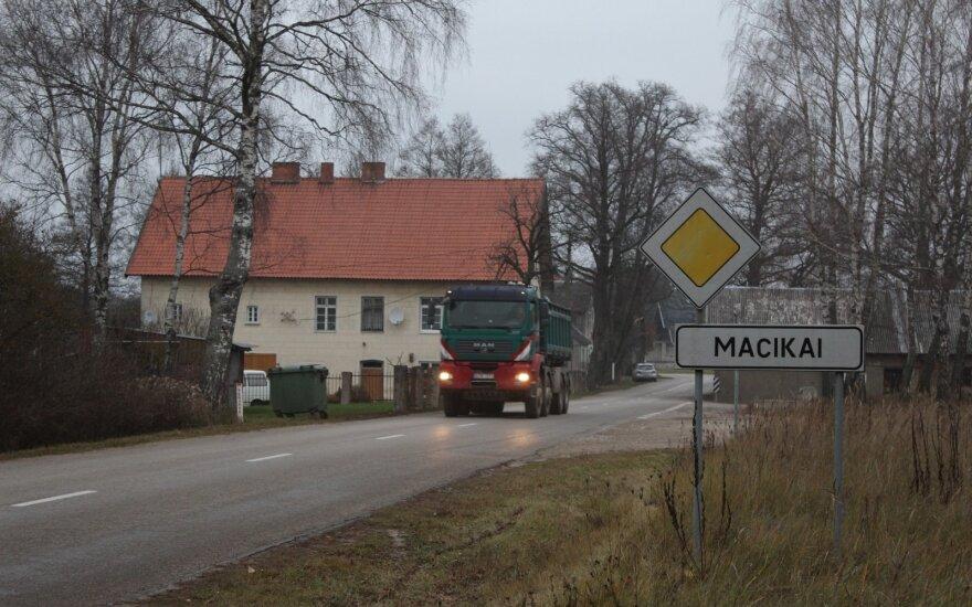 Macikų kaimas