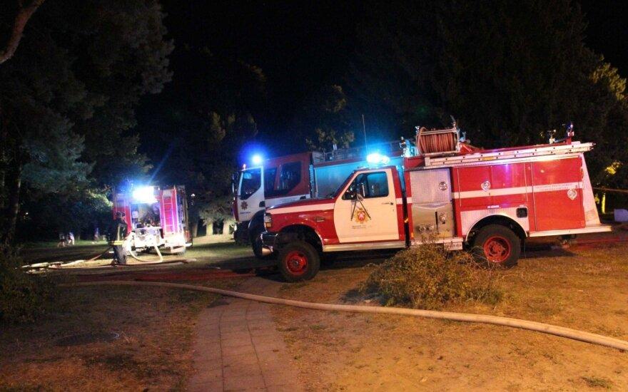 Trakų rajone į pagalbą skubėję ugniagesiai vyro gyvybės neišgelbėjo