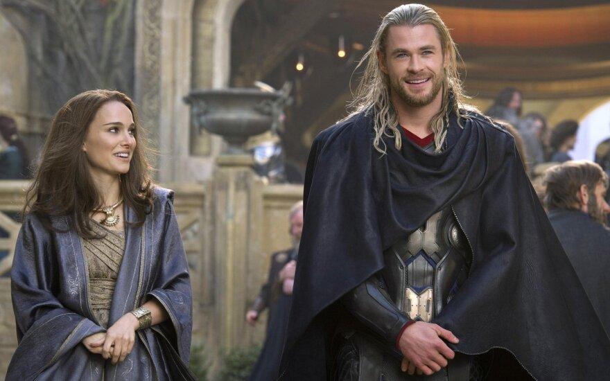 "Natalie Portman, Chris Hemsworth filme ""Toras"""