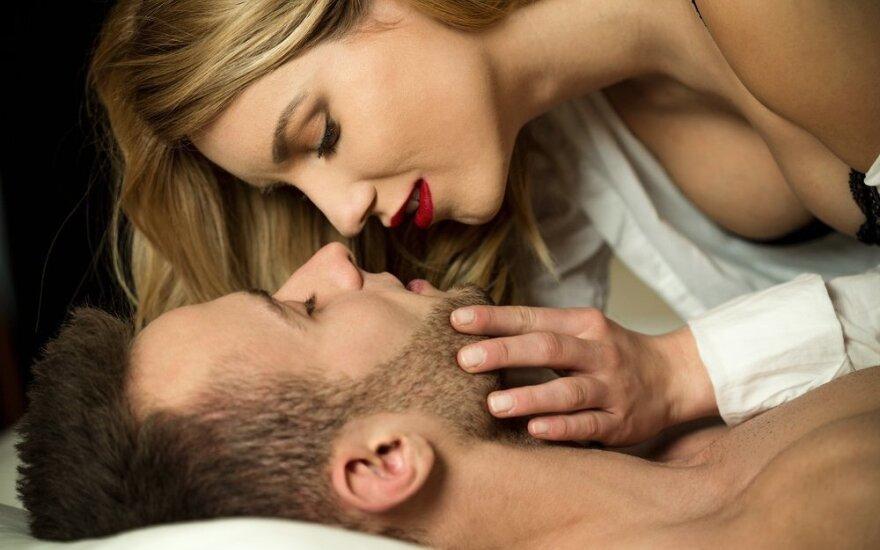 Eksperimentas: dvi poros metus mylėjosi kasnakt ir aprašė, kaip tai paveikė jų santykius