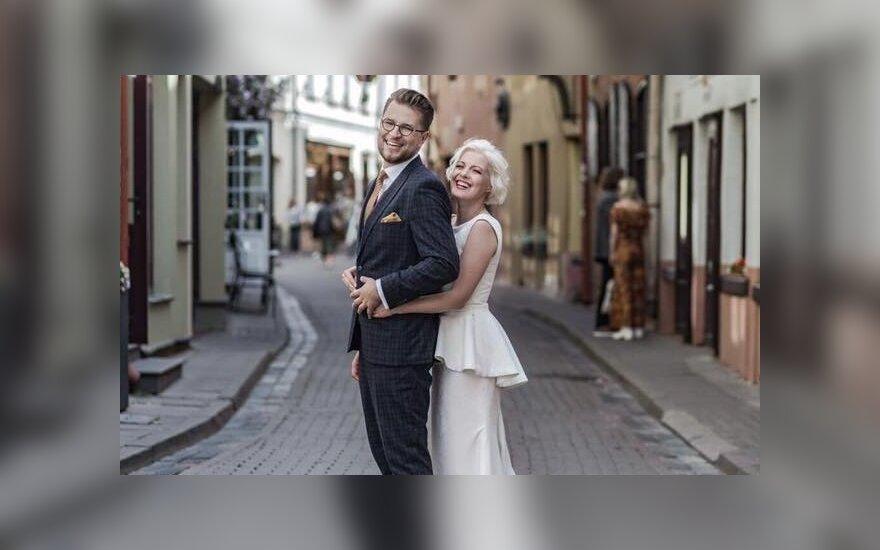 Su mylimąja susituokė ministro pirmininko patarėjas Lukas Savickas